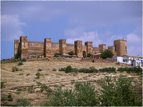 Castillos de espa a el nuevo capit n trueno asalta el castillo de ba os de la encina - Castillo de banos de la encina ...