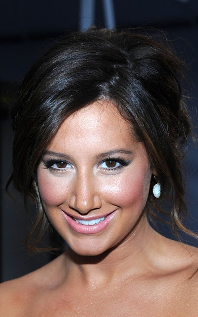ashley-tisdale-2011.jpg