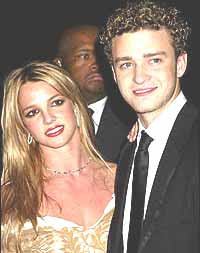 Timberlake offers Love & Support for Britney