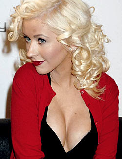 Aguilera offered Sex in return for Beats