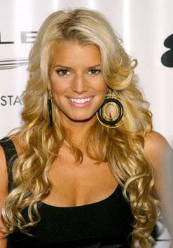 Is Jessica Simpson expecting?