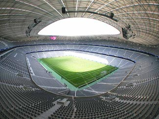 [bayer-munich-stadium.jpg]