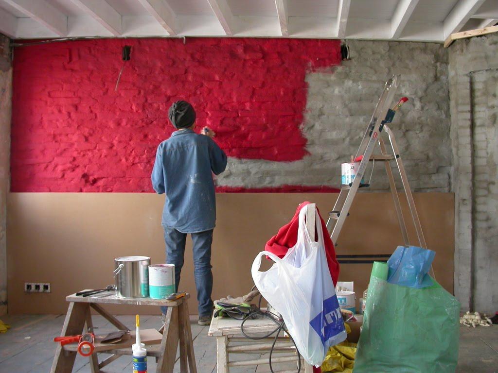 Renoveren restaureren mei 2005 - Grijze en rode muur ...