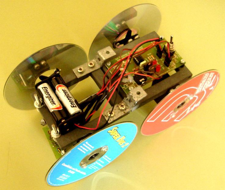 Alma de herrero robot seguidor de l nea 4x4 - Robot que limpia el piso ...