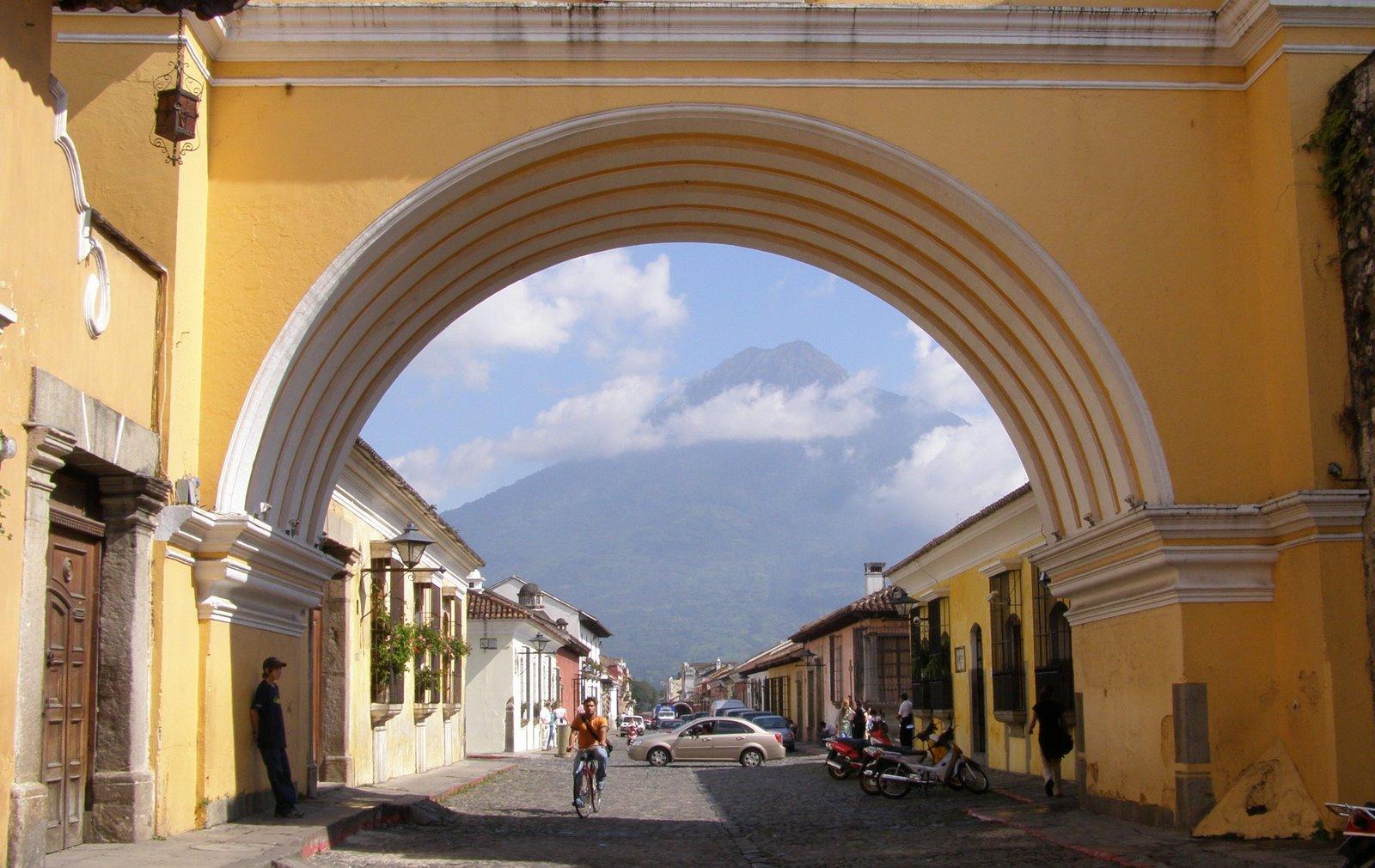 arch of santa catalina, la antigua guatemala, agua volcano