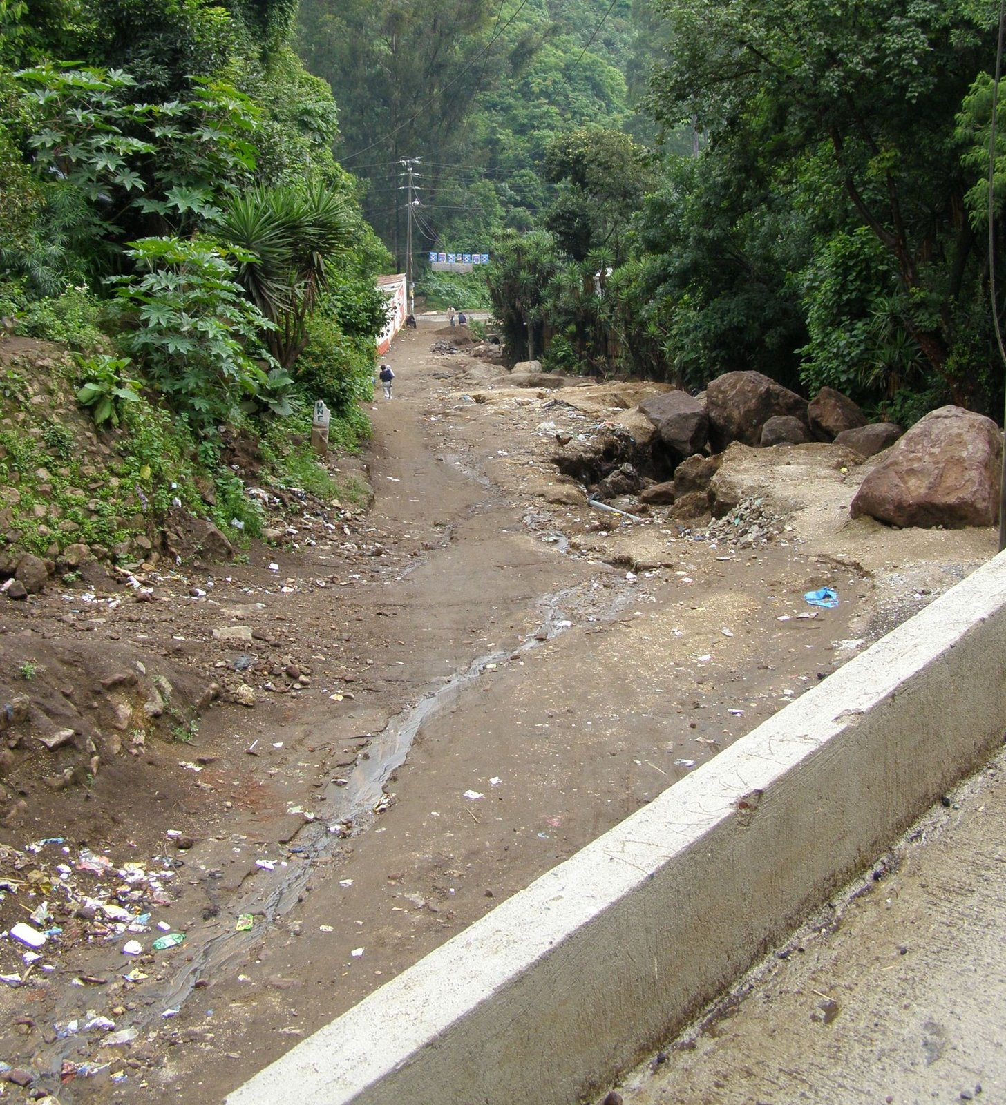 dirt road in pastores