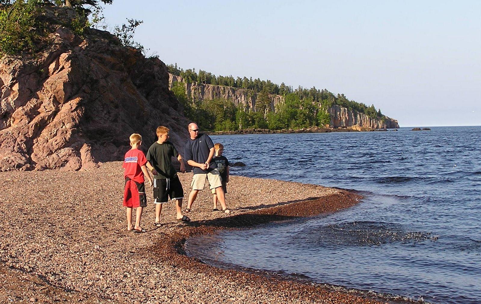 lake superior beach, shovel point, tettegouche state park