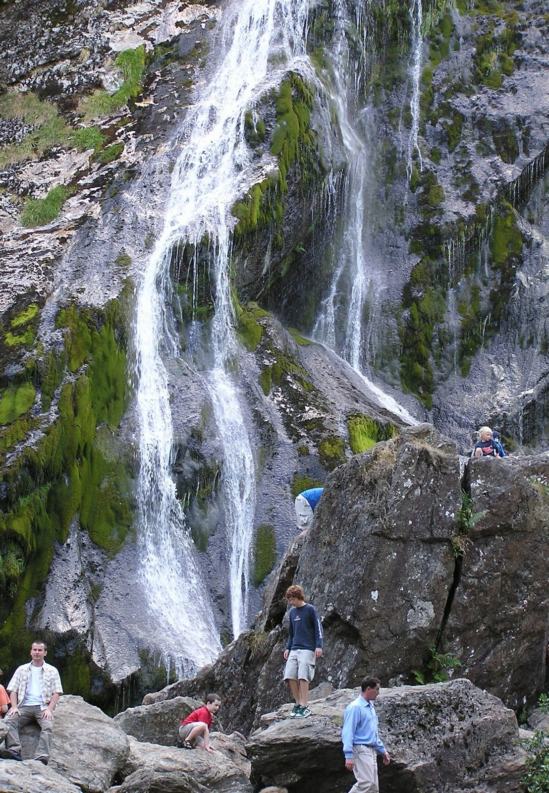 powerscourt-waterfall-wicklow-mountains