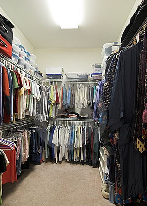 Superbe Why Do My Clean Clothes And Closet Smell Stale And Musty?