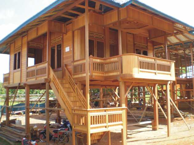 Perencanaan bangunan tahan gempa for Wood house architecture