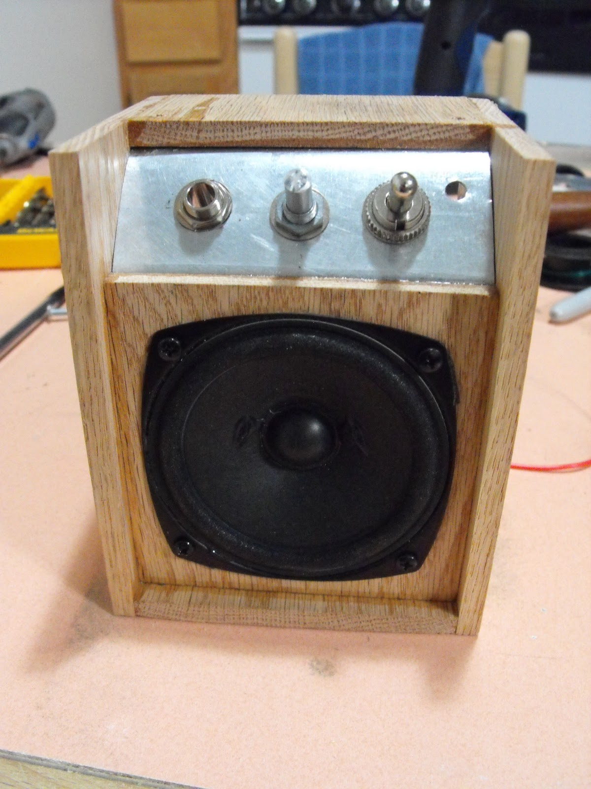 cigar box guitar mini amp lm386 assembled box 4 speaker