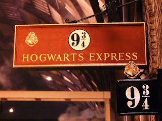 Estación de tren Hogwarts_Express_by_HollyPotter