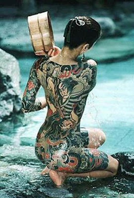 Sexy japanese girl have Yakuza tattoo