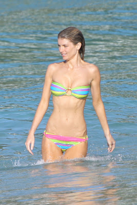 Marisa Miller Looks Perfectly With A String Bikini