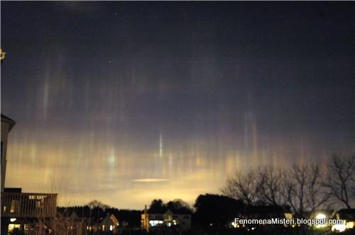 dengan hal-hal gaib, mistis, alien atau UFO? Penjelasannya ternyata ...