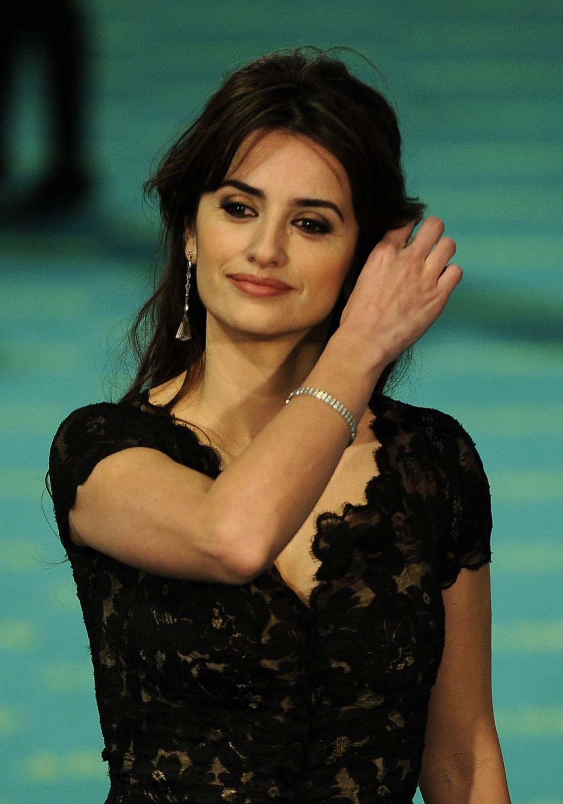 Fashionable Celebrity Hairstyle Penelope Cruz 39
