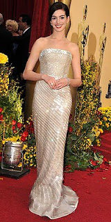Anne Hathaway at Oscars