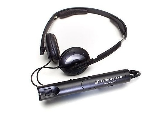 Noise cancelling headphone by Sennheiser