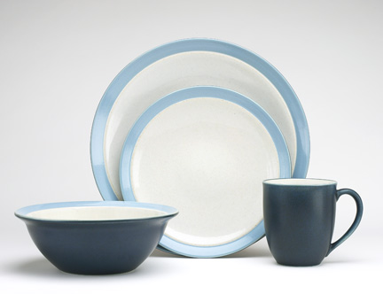 Noritake Dinnerware set - casual set