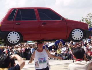 john evans car head balancing Los records guinness más absurdos
