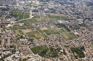 vue aerienne vigne chateau Haut Brion