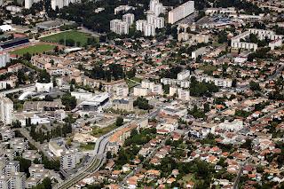 photo aerienne ville de Merignac - Le centre ville