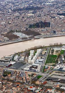 Bordeaux vue du ciel. Les jardins