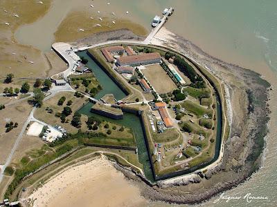 Photo aérienne de la Forteresse Vauban de l'île d'Aix