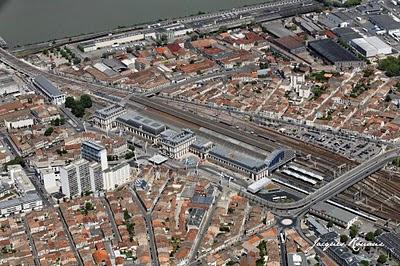 vue aérienne de la gare Saint Jean à Bordeaux