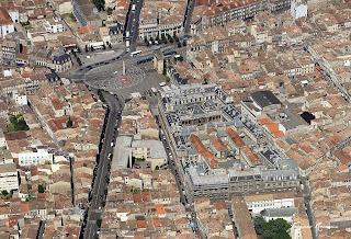 Photo aérienne de la Faculté de médecine et de la Place de la Victoire.