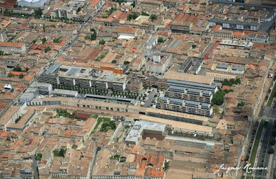 Vue aérienne du quartier des Chartrons à Bordeaux