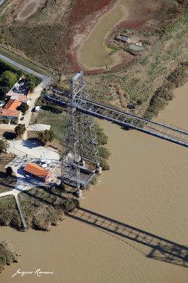 Vue aérienne du Pont Transbordeur de Rochefort sur Mer
