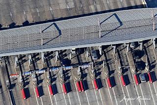 Photo aérienne de la gare de péage de Saint Selve