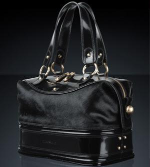 Emporio Armani Bags on Sale
