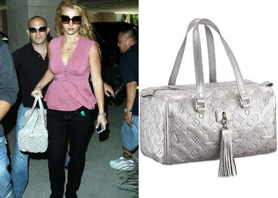 Celebrity handbag spotting: Britney Spears with the Louis Vuitton Comete Satchel in 'Shimmer'