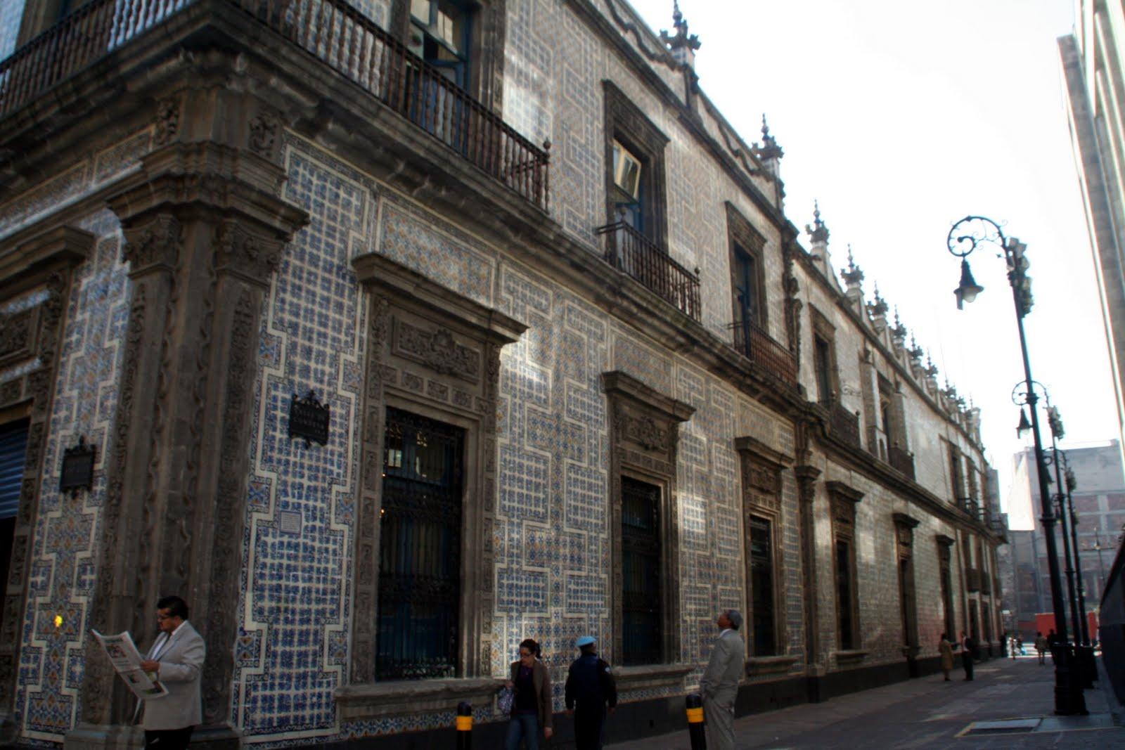 Cuadernos de viaje mexico df ene101 3 for Sanborns azulejos historia