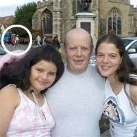 Michael with his two daughters and Lisa circled