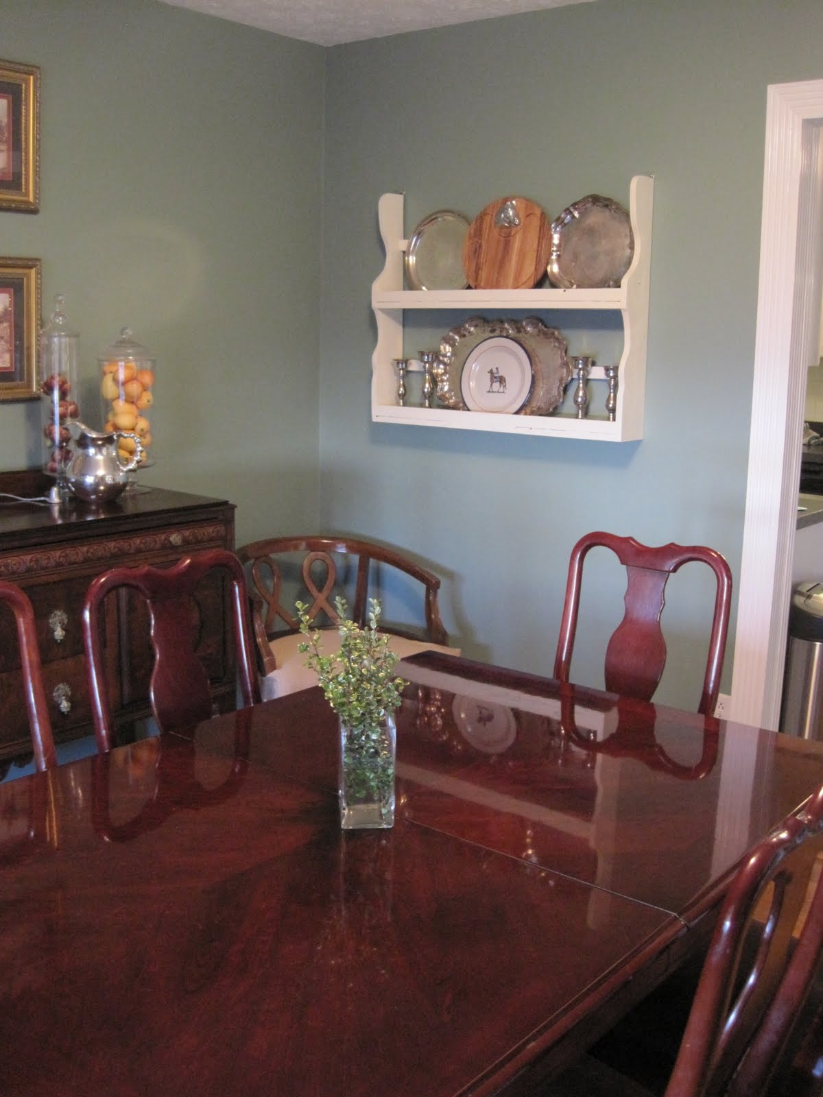 A glass act project dining room round 2 a silver display for Dining room tables craigslist