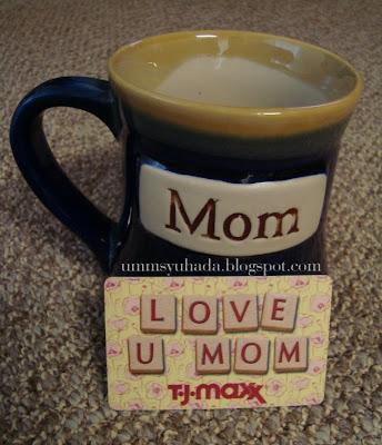 Mug & TJ-MAXX's gift card