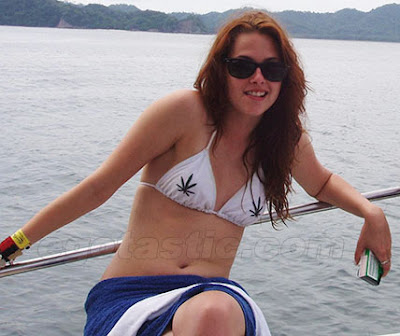 Kristen Stewart Got Weed on Her Chest. After being snapped by a photographer