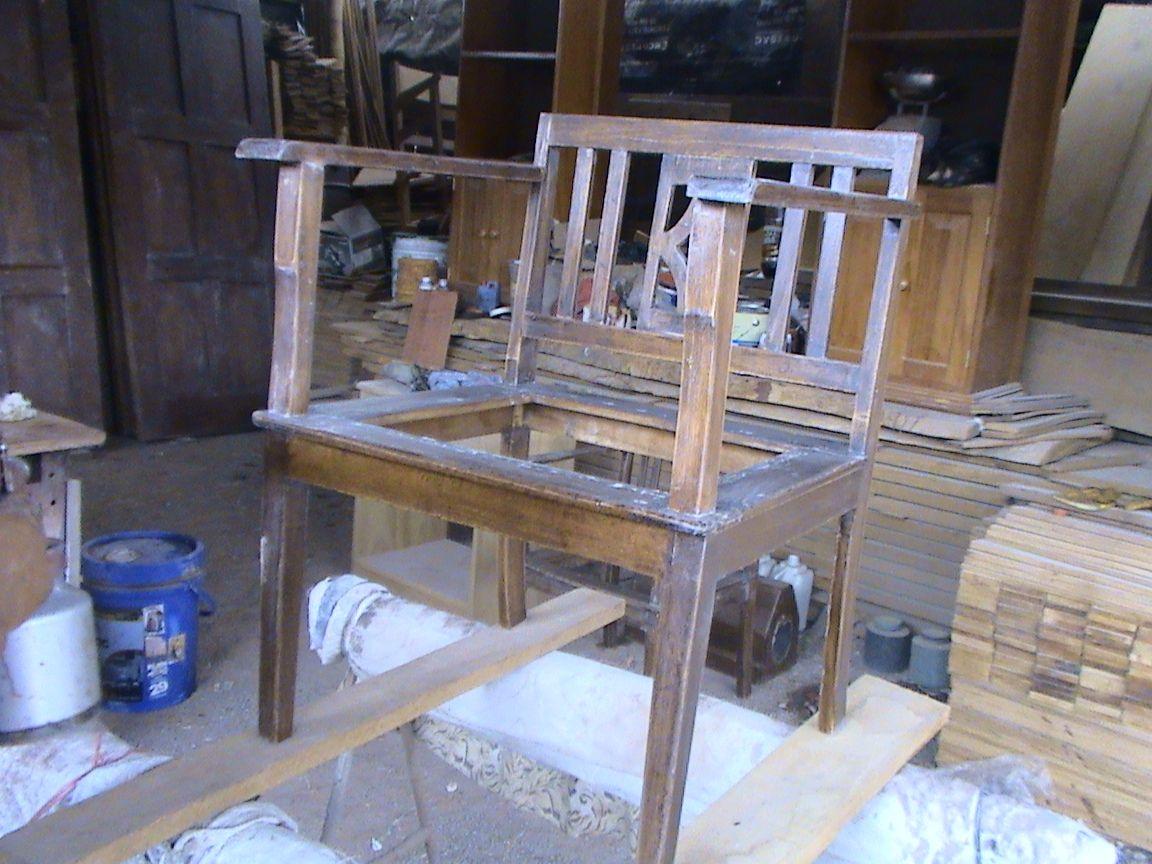 Como reparar un mueble viejo en color nogal muebleriashalom - Como restaurar un mueble viejo ...
