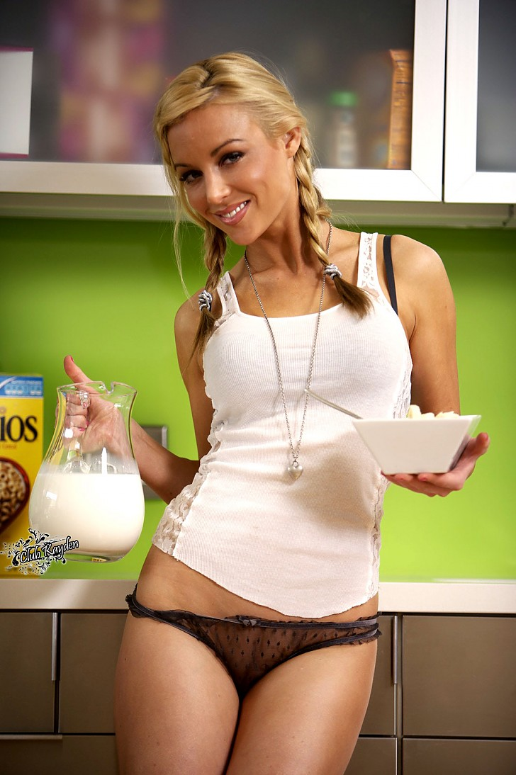 Today S Chick Is Kayden Kross She Makes Me Want To Eat Cereal