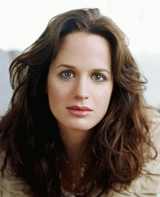 elizabeth reaser hot. Elizabeth Reaser 34 years