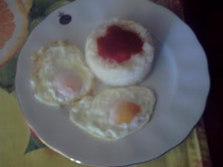 Arroz Con Tomate Y Huevos Fritos