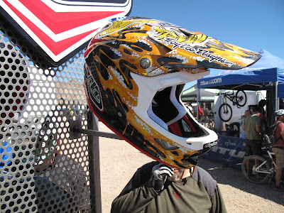 Site Blogspot  Infant Bicycle Helmet on Steve Peat  Of Course  Has His Special Edition Lid As Well