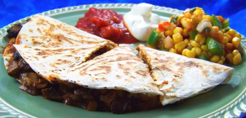 BBQ Mushroom Quesadillas for Meatless Monday | Fight the Fat Foodie