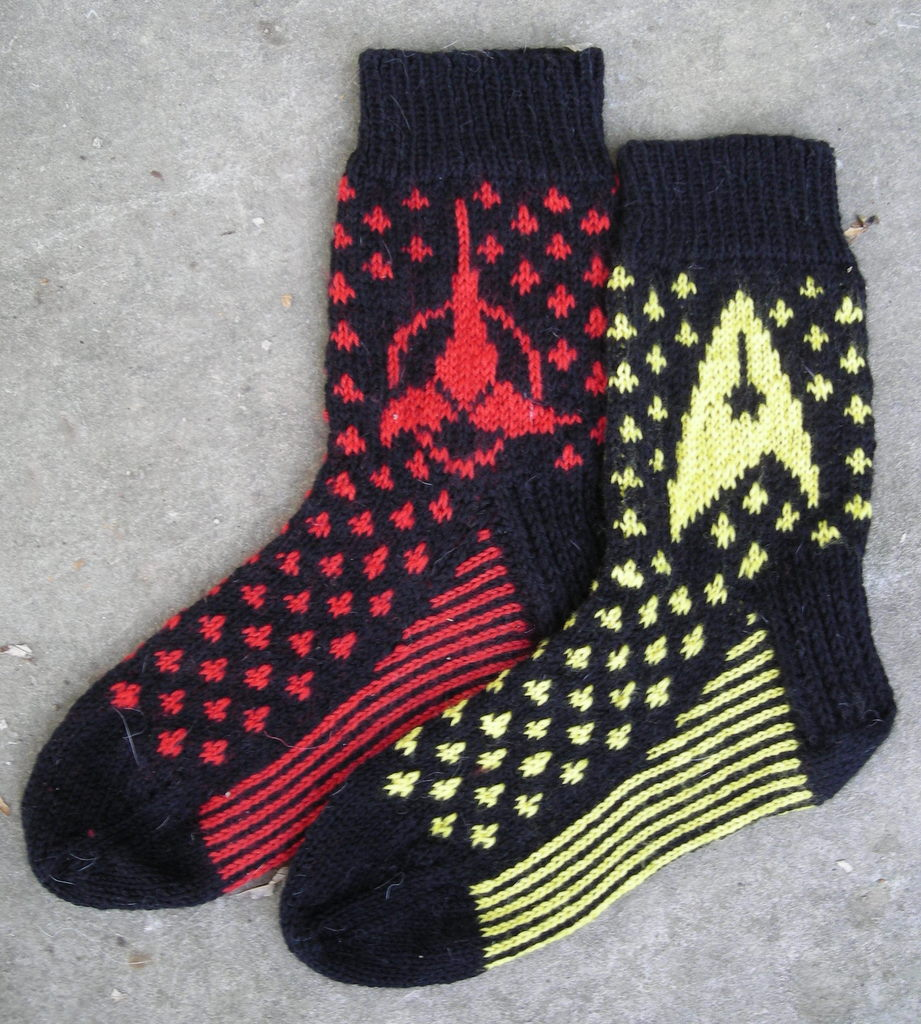 Batty Knits: Star Trek Sock Pattern - Updated