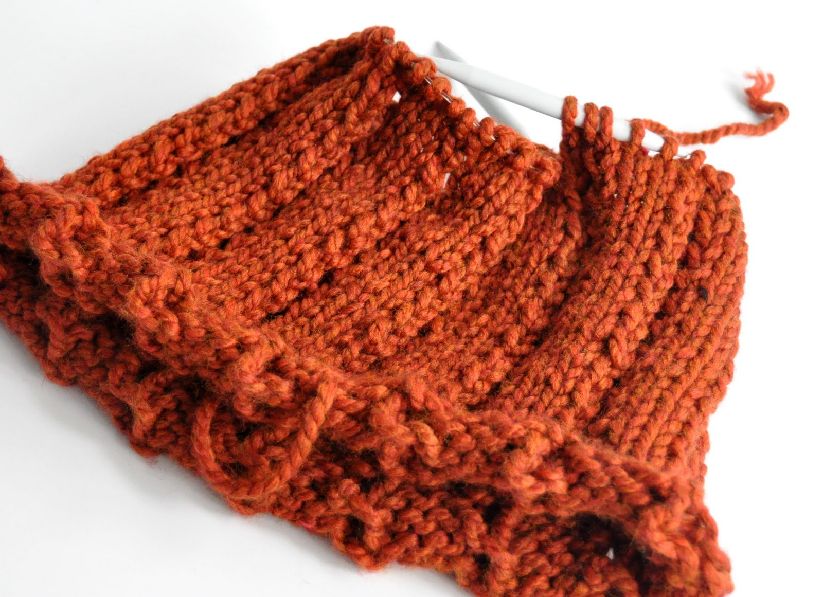 Knitting Yarn Over Continental Style : Aesthetic nest knitting country cowl tutorial