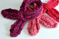 Pattern: Child&#39;s Looped Scarflette