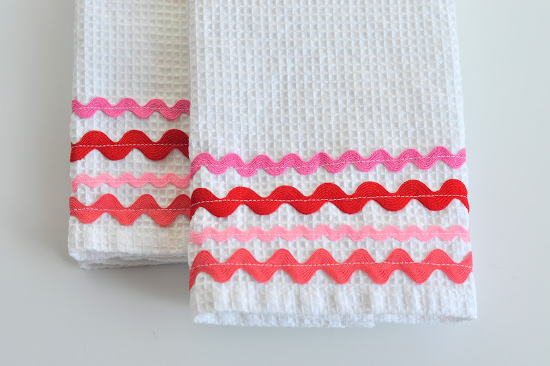 Aesthetic Nest Sewing Rick Rack Dish Towels